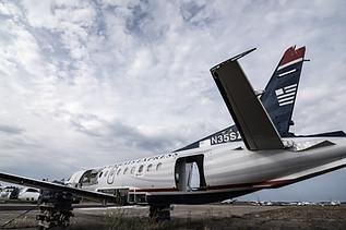 US Airways express in graveyard N35SZ