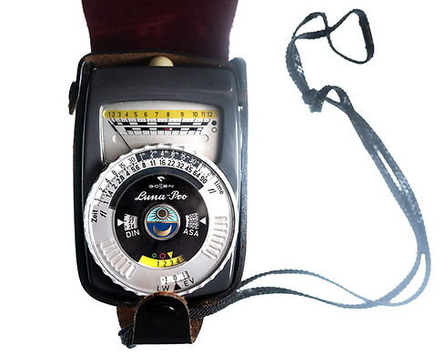 Gossen Luna-Pro light meter photographers tool for setting correct exposure