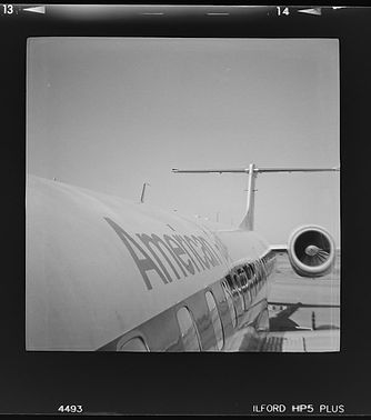 Ilford HP5+ film Lomography Diana camera ameican eagle jet