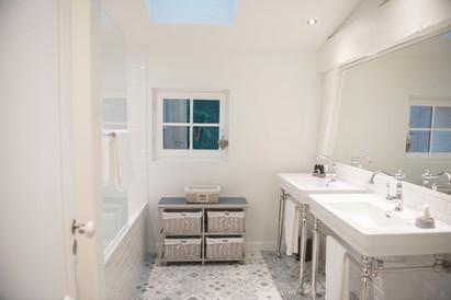 Calèche Bathroom