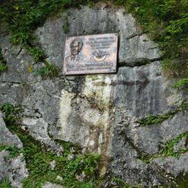 Pepi-Kruckenhauser-Denkmal