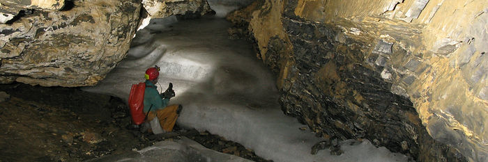 15 Eishöhle Mache