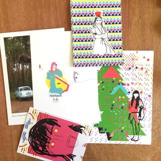 גלויות מאוירות וגם גלויות עם צילומים