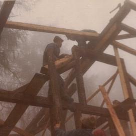 Bau der Forscherhütte im Jahr 1969