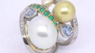 Pearls & emeralds