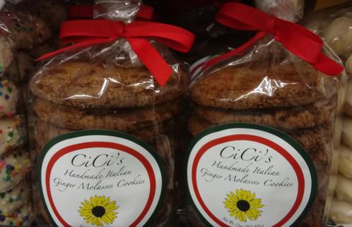 Cici's Ginger Molasses