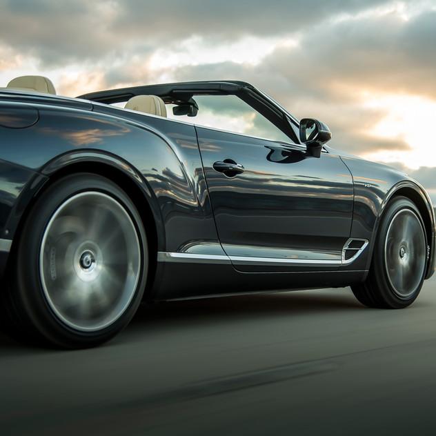 Bentley Continental GT Convertible V8 9.