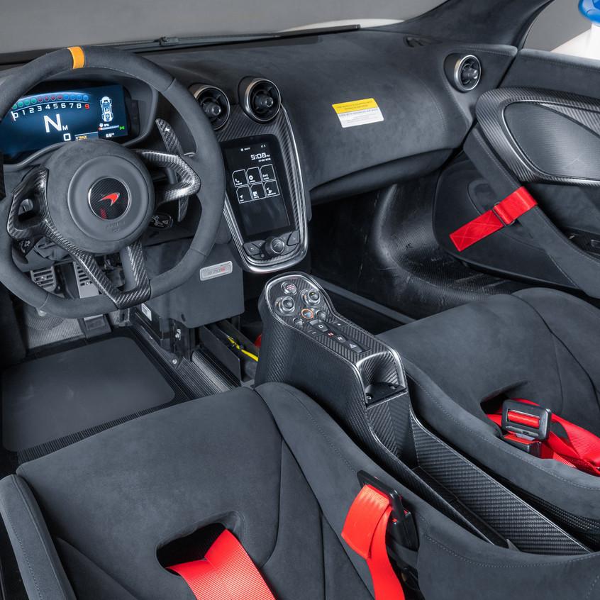 McLaren MSO X - 08 Anniversary White_Red & Blue Accents - 11