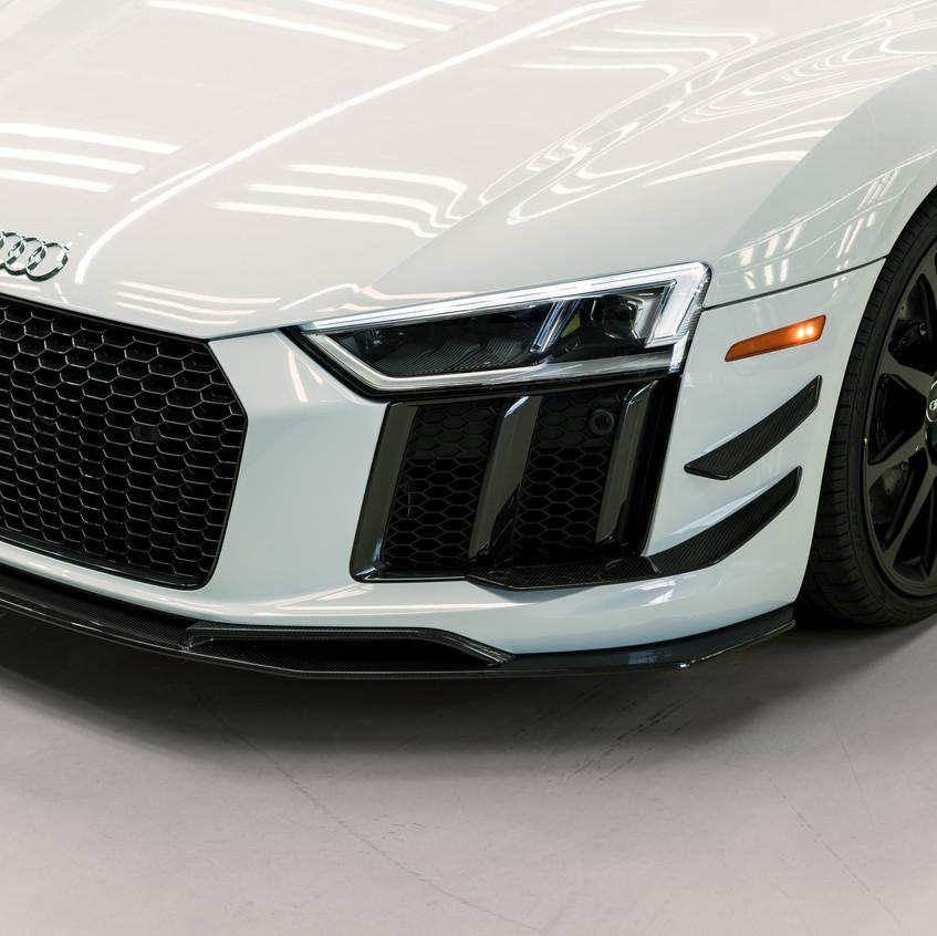 2018-Audi-R8-V10-plus-Coupe-Competition-