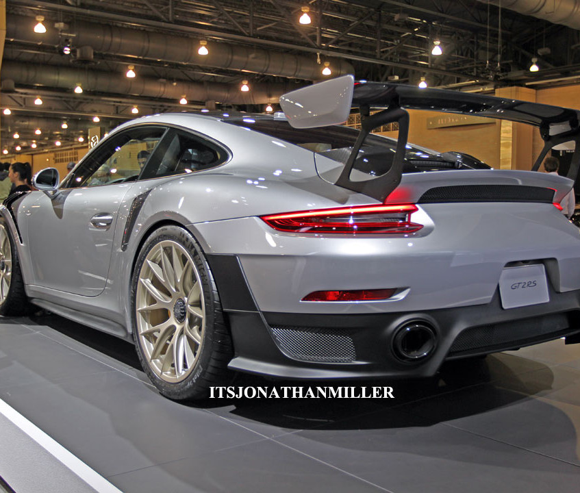 phillyautoshow2018_gt2rsrear34