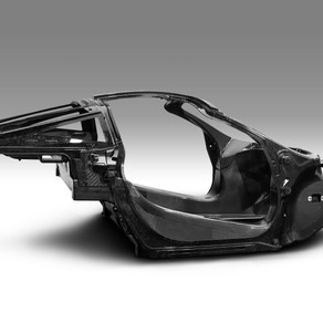 McLAREN AUTOMOTIVE RENEWS COMMITMENT TO VEHICLE WEIGHT REDUCTION TO FURTHER ENHANCE EFFICIENCY AND P