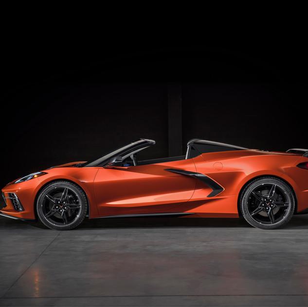 2020-Chevrolet-Corvette-Stingray-Convert