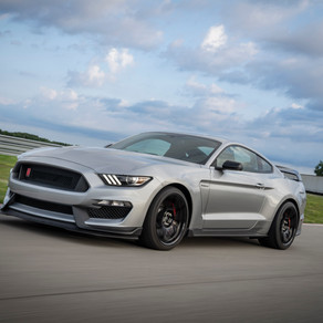 UPGRADED MUSTANG SHELBY GT350R PICKS UP NEW CHASSIS TECHNOLOGY FROM GT500 FOR MORE FUN ON THE TRACK