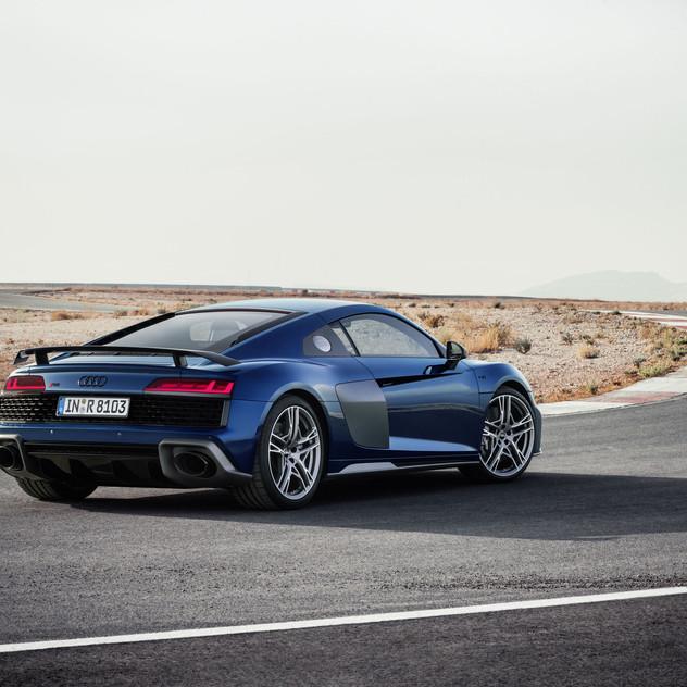 2020-Audi-R8-5674