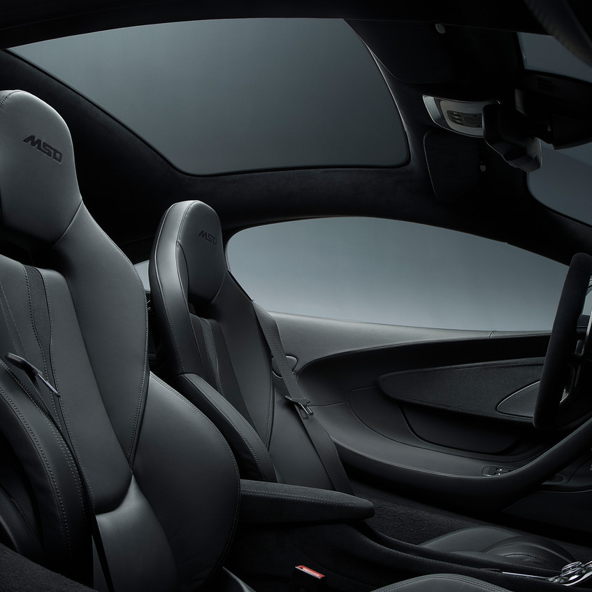 MSO 570GT Black Collection-09