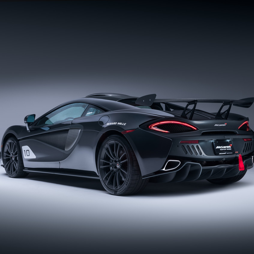 McLaren MSO X - 10 Ueno Grey_Black Accents - 04