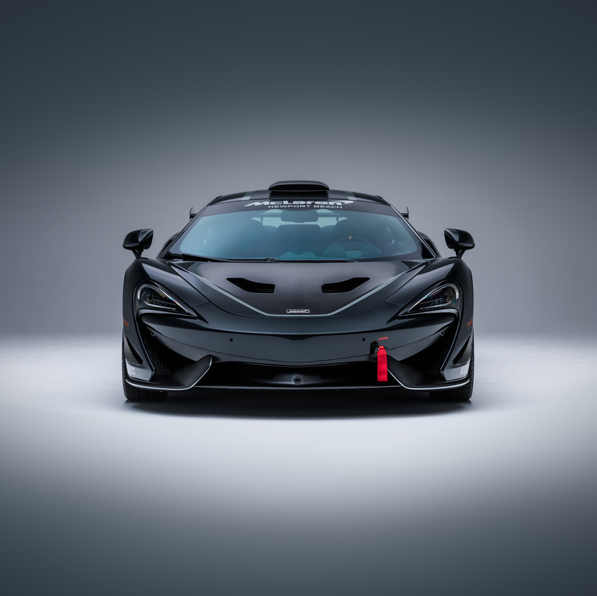 McLaren MSO X - 10 Ueno Grey_Black Accents - 02