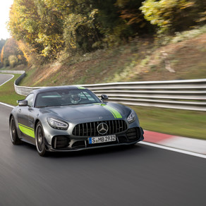 UPDATED 2019 MERCEDES-AMG GT AND NEW AMG GT R PRO