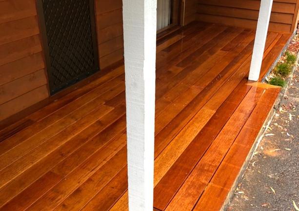 customs_carpentry_49357655_5262036512000