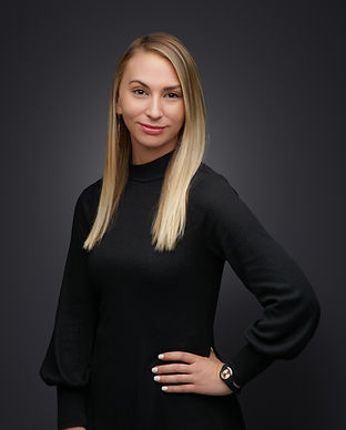 21_DahlbergPortraits-Hdst-1-cropped 2.jpg