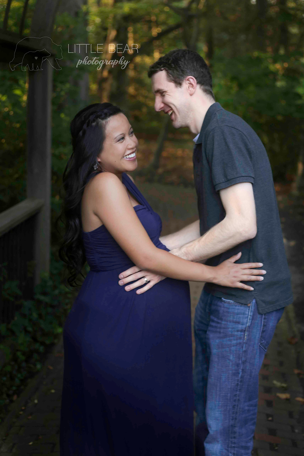 Maternity Couple Photograph Sayen Gardens Hamilton NJ
