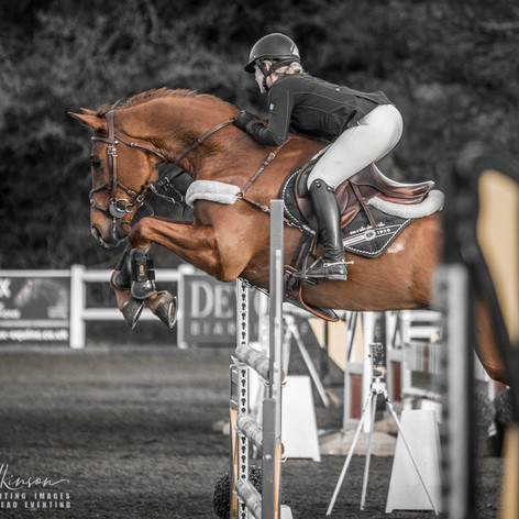 Show Jumping - Summerhouse EC