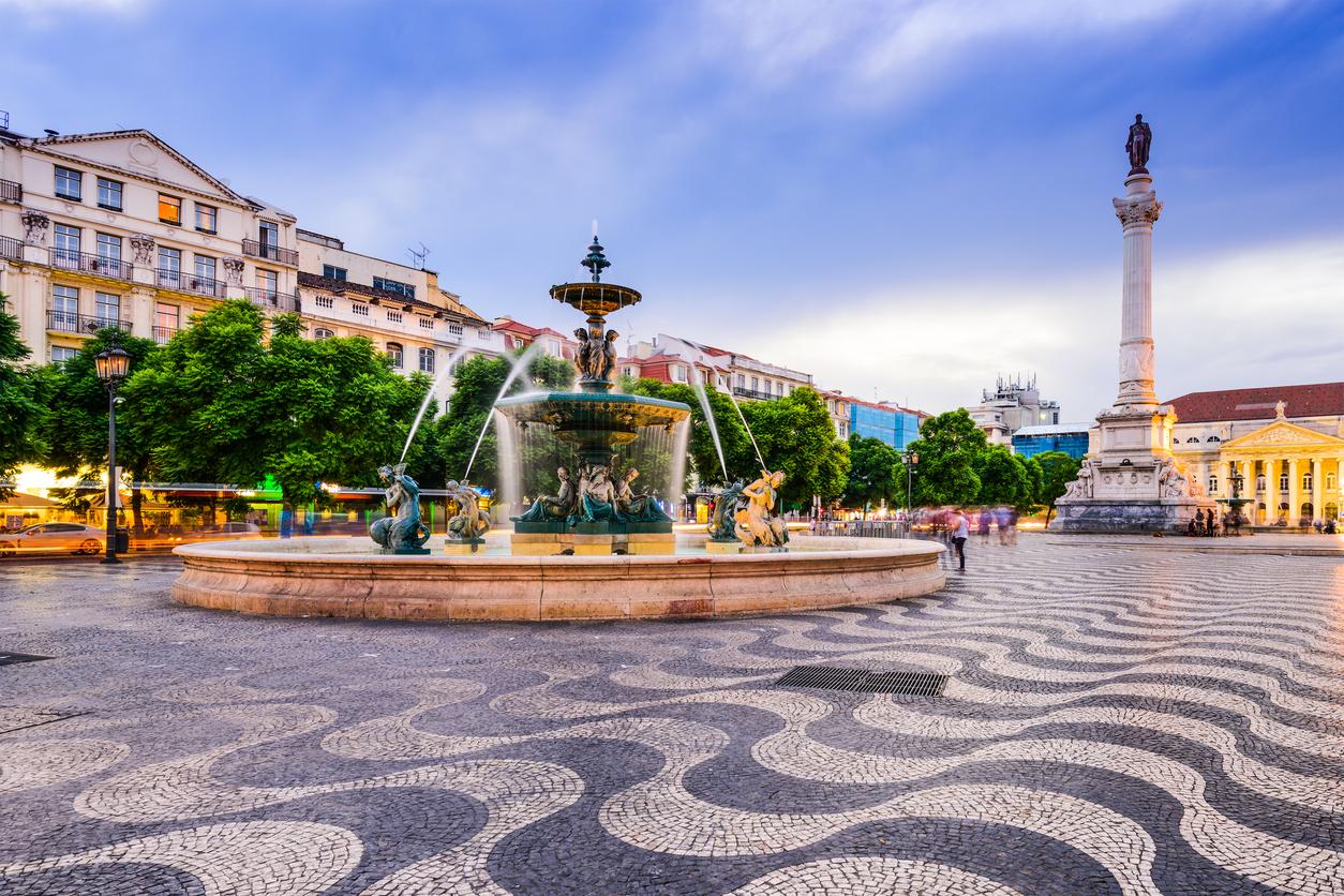 Lisbon & Center, Header.jpg