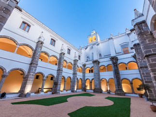 04.1 Hotel Convento do Espinheiro.jpg
