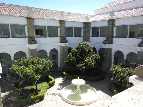 Pousada Convento Arraiolos 03.jpg