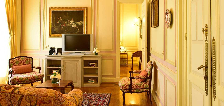 Suite D. Amelia