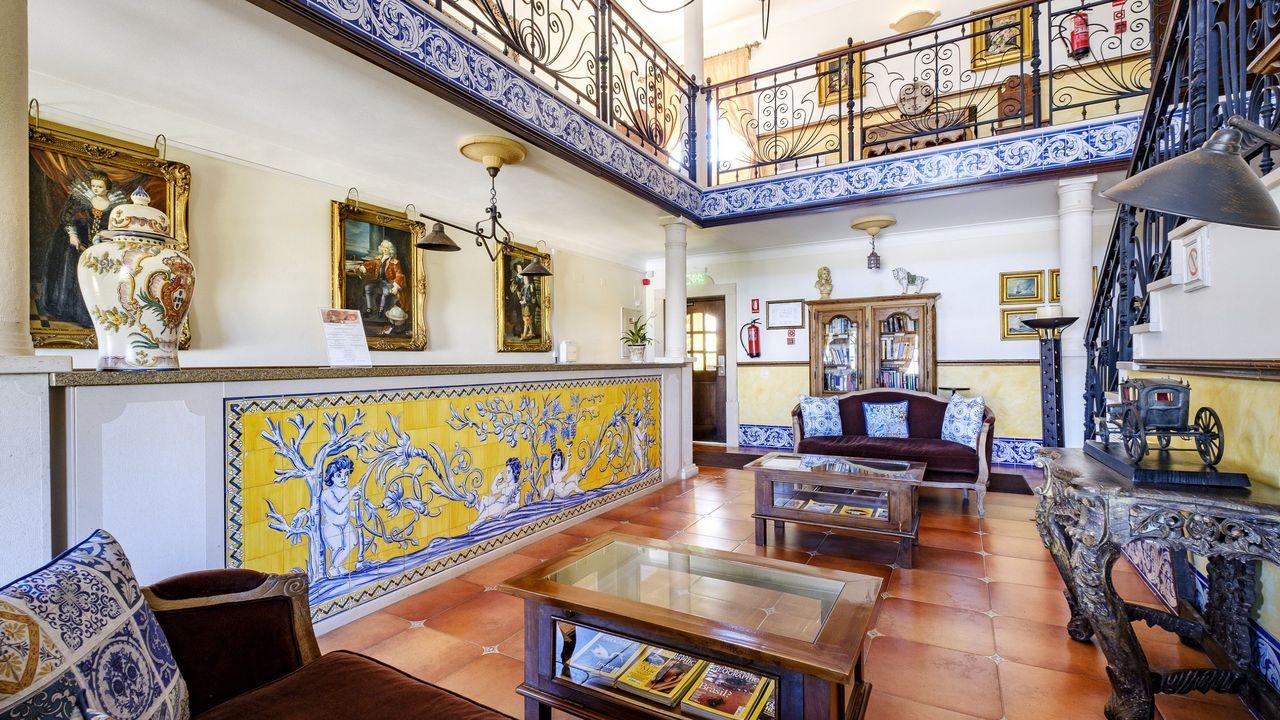 Hotel D. Manuel I 03.jpg