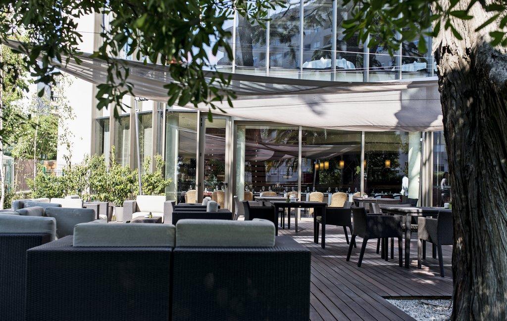 Crowne Plaza Porto 02.jpg