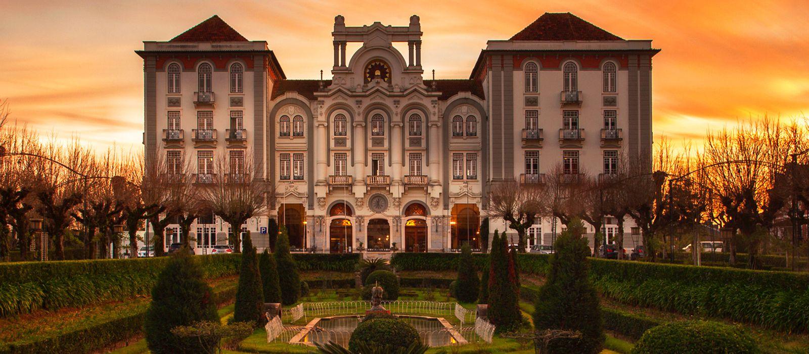 Curia Palace 01.jpg