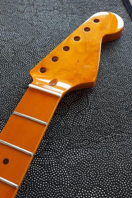 Srat Style Neck Gloss Maple