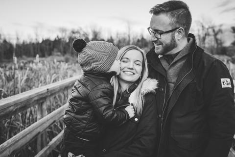 vvc-ottawa-lifestyle-outdoor-session-family.jpg