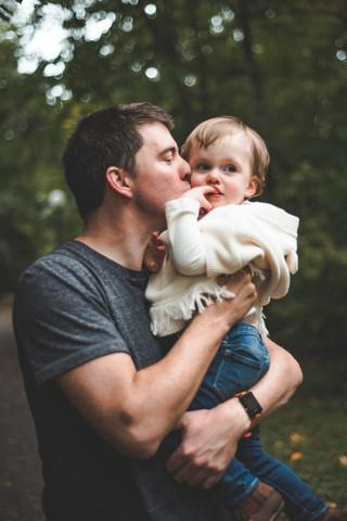 vvc-ottawa-lifestyle-daddydaughter-fall.