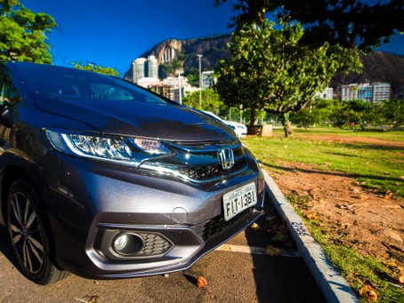 Um carro tamanho família moderna – Honda Fit 2018