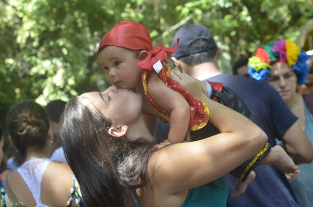 carnaval infantil bloco de rua crisstilben crispelomundo (3)