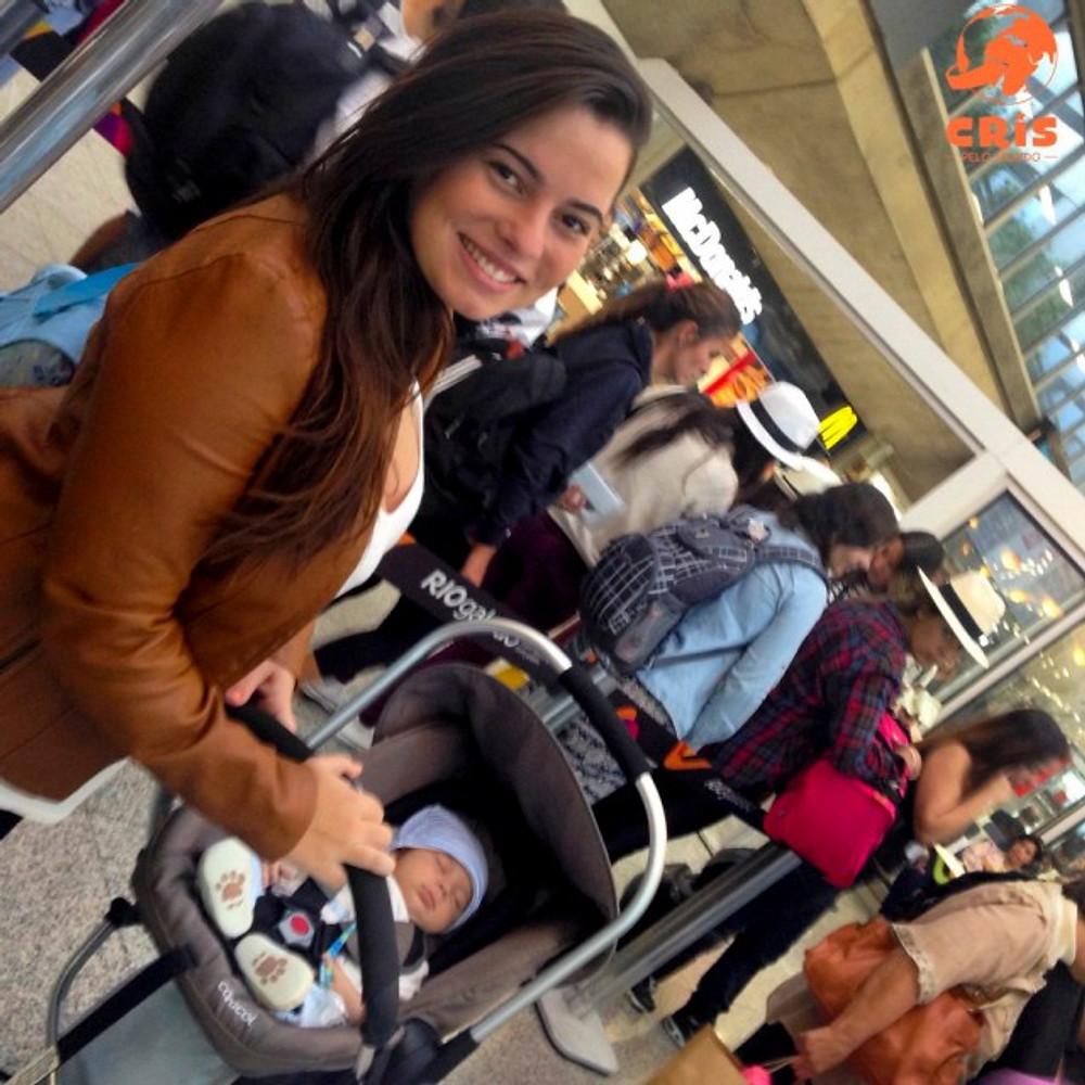 como é viajar de avião com bebê #bbpelomundo Bebê pelo Mundo Cris Stilben crisstilben Cris pelo Mundo (3)