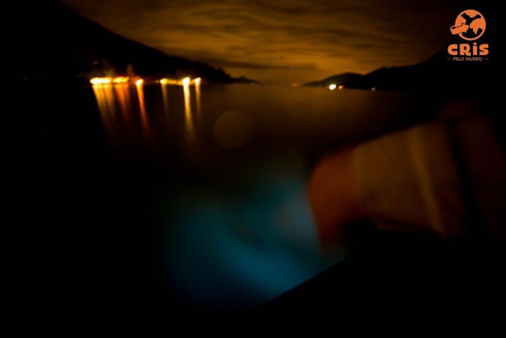 Bioluminescência planctons saco do mamangua crisstilben crispelomundo