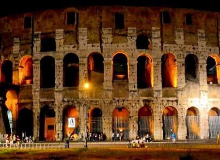 Roma, conhecendo o terreno e o Coliseu.