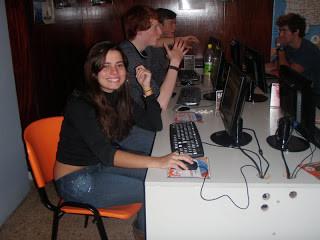 Buenos Aires Argentina computador albergue hostel