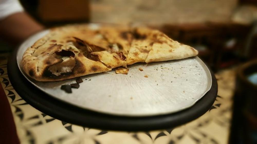 Pizzaria Bráz Rio de Janeiro Dona Rosa Calzone do Mercado crisstilben crispelomundo 7