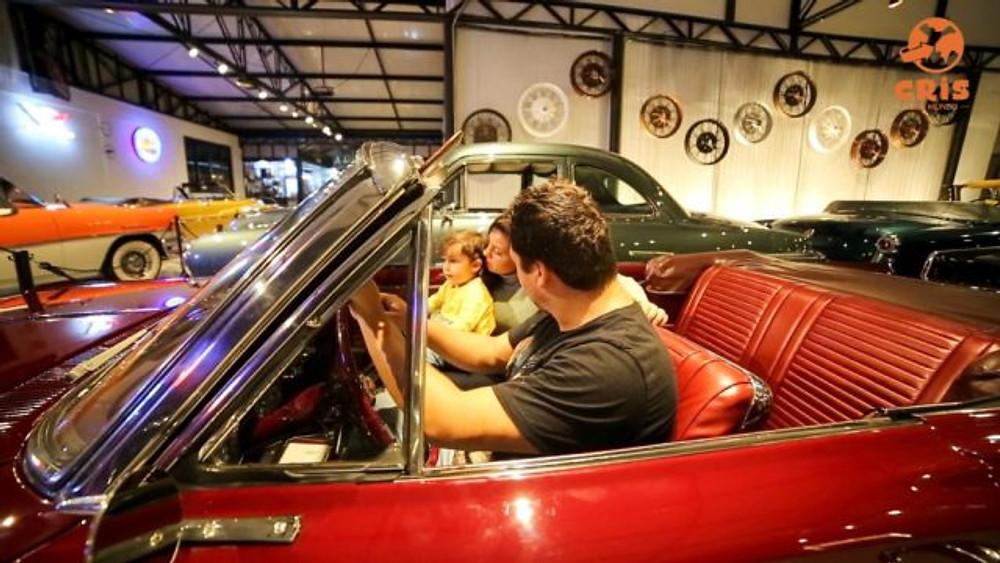 O que fazer em Curitiba - Curitiba Antique Car - Museu de carros antigos Crisstilben Cris pelo Mundo (12)