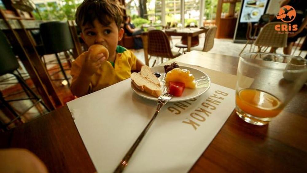 hospedagem com criança em bangkok