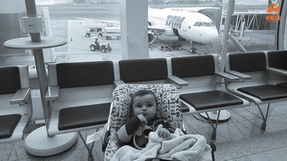 aeroporto com bebe 10 dicas para voar de avião com criança