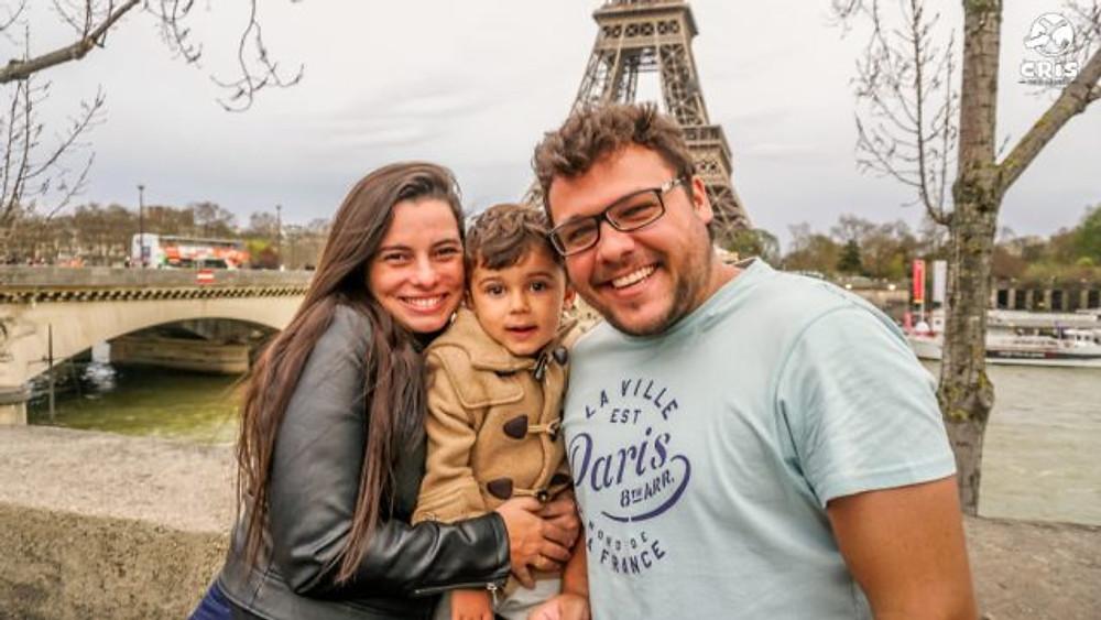 PARIS COM CRIANCA CRISSTILBEN CRISPELOMUNDO10