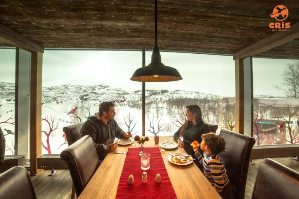 SNOW HOTEL KIRKENES NORUEGA RESTAURANTE ONDE VER A AURORA BOREAL MELHORES HOTEIS