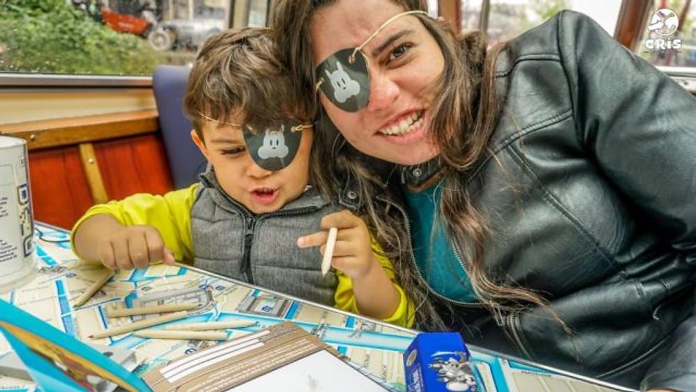 AMSTERDAM COM CRIANCA PASSEIO PELOS CANAIS BLUE BOAT