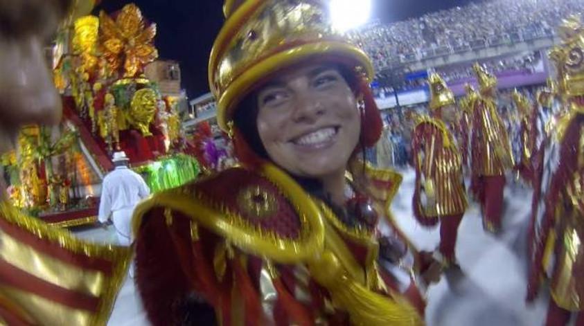 desfile sapucaí cris pelo mundo crisstilben salgueiro  (7)